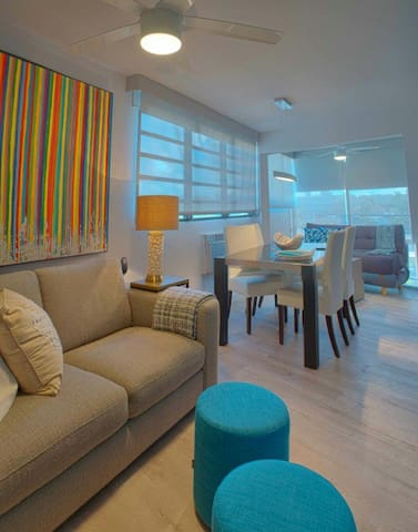 Luxury Beach Apartment-Steps Away from the Beach!!