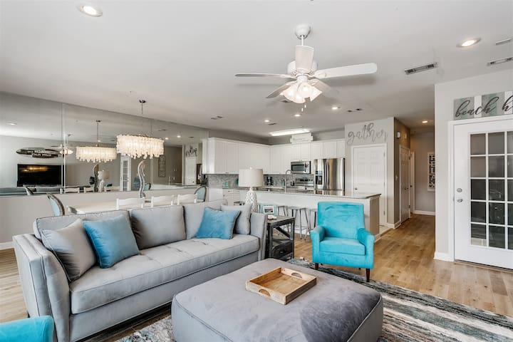 Navarre Beach Stunner with Views in Every Direction
