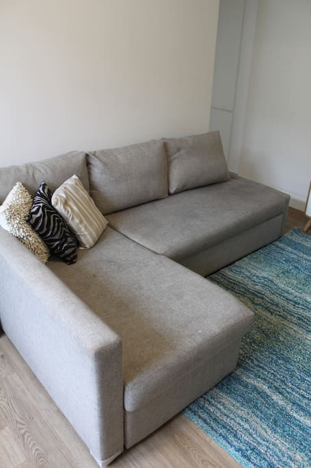 Lounge as sofa