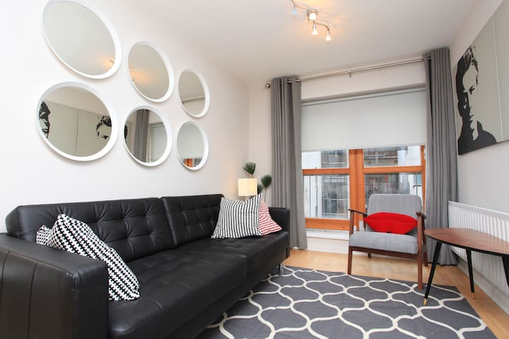 Cool Trendy Apt - Temple Bar - Sleeps 4
