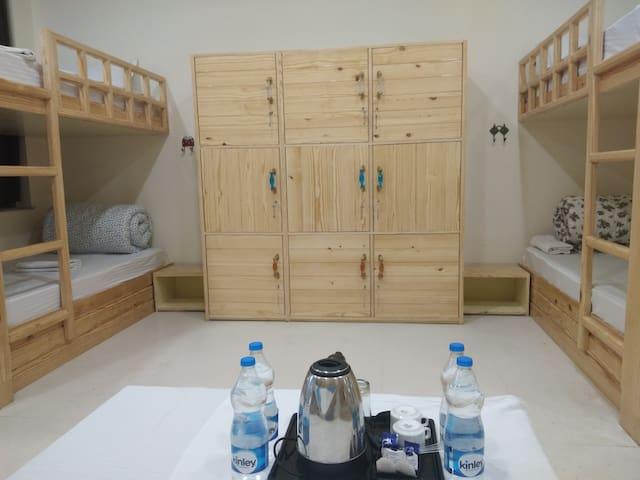 Hostel in Pushkar, Bunk Bed, Swimming Pool, Garden