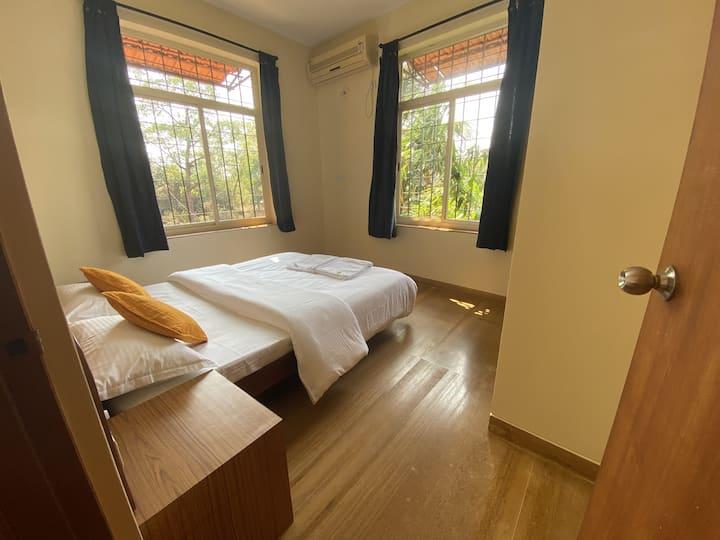 Comfortable 2 BHK Apartment near Anjuna