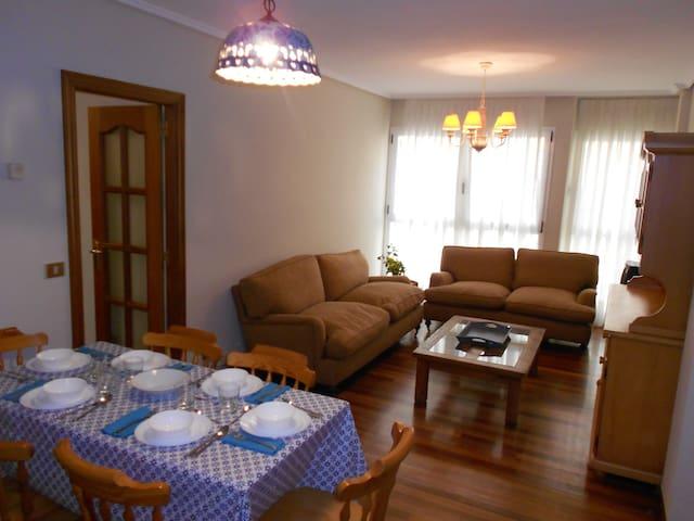 Apartamento junto a la playa - Castro Urdiales - Appartement