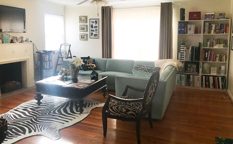 Bexley Apartment Close to CMH Airport
