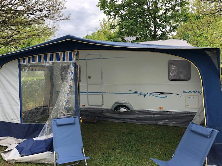 Camping Dompierre-sur-besbre  «Caravane 3le PAL