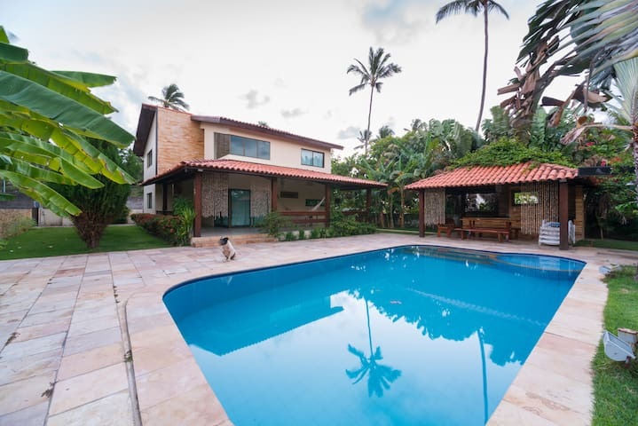 Mansion con jacuzzi, sauna, piscina, wifi