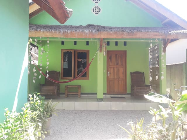 Pelangi home stay bungalow 4