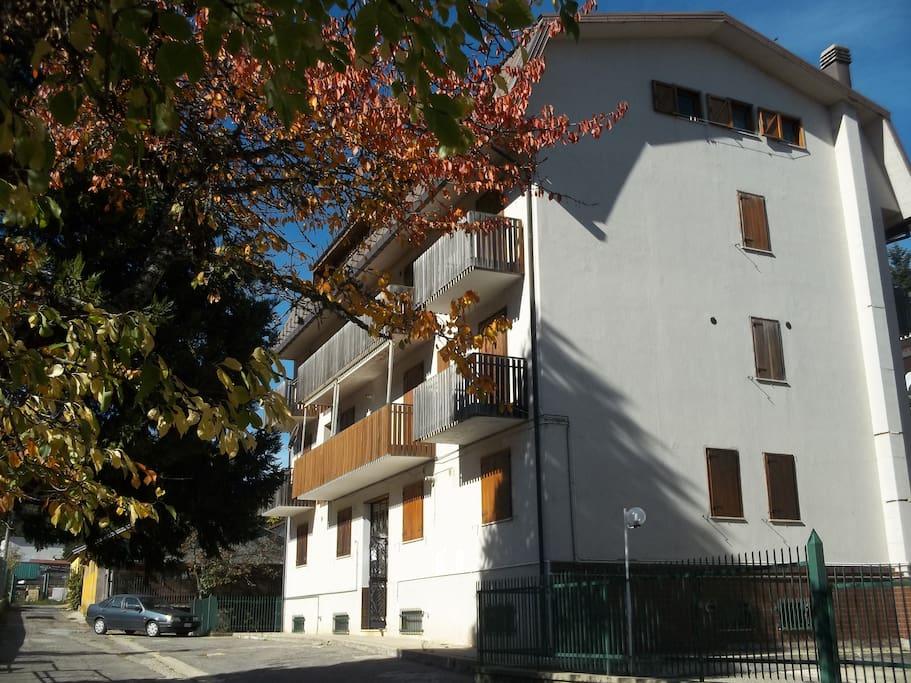 The building - L'edificio