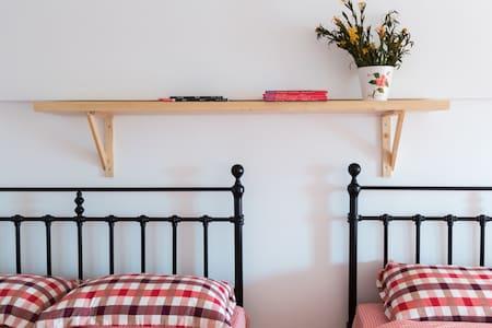 怀旧复式双大床精装公寓 - Apartamento