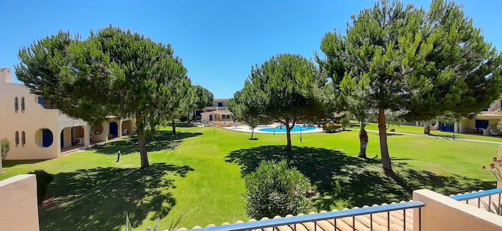 Bemposta Relax - With 3 pools and 2 tennis courts