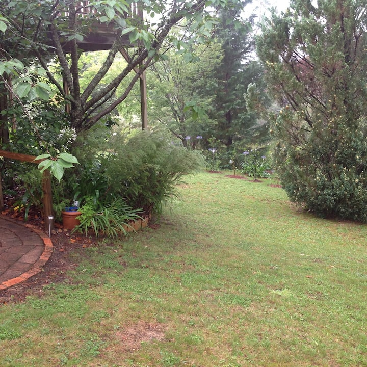 Wentworth Falls Garden Studio