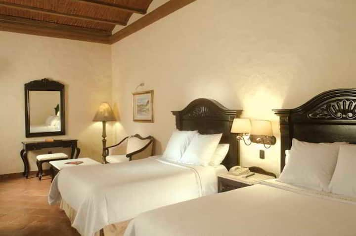 Trendy Room Deluxe Double Bed At Cuernavaca