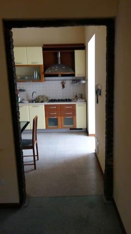 Ampio appartamento in zona centrale - Giulianova - Huoneisto