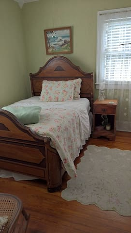Charming, private bedroom and bathroom. - DeLand