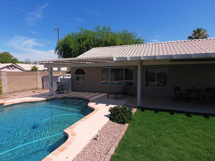 Clean 3Bd/2Ba - Heated Pool - Great Location!
