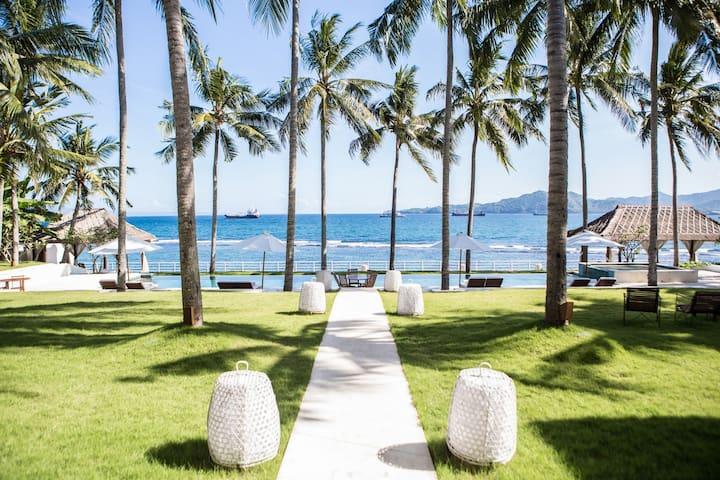 Stunning Beachfront 3 bdrs villa - Villa Stella - Manggis - Willa