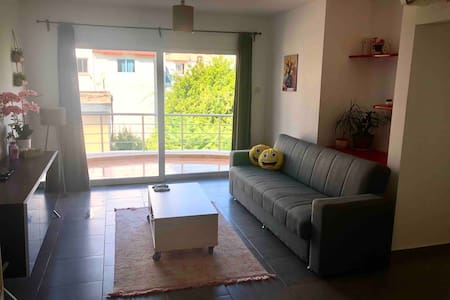 Central Downtown Location/Easy Access to Kyrenia