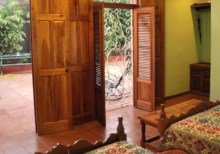 Casa Richard + WIFI, en Remedios, Cuba (R3)