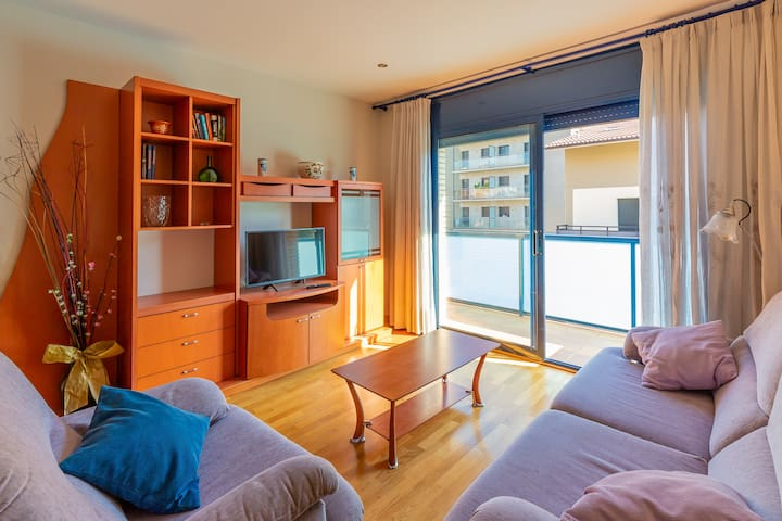 Pyrenees Paradise Apartment - with FREE WiFi