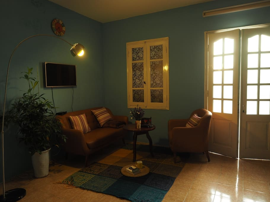 A very cozy apartment right in the centre of Hanoi Old Quarter