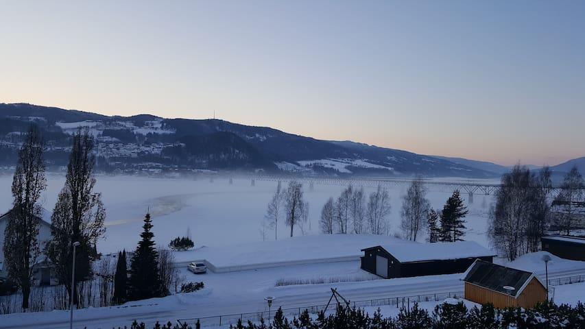 Privat rom (eller hel leilighet) i Lillehammer - Lillehammer - Apartamento