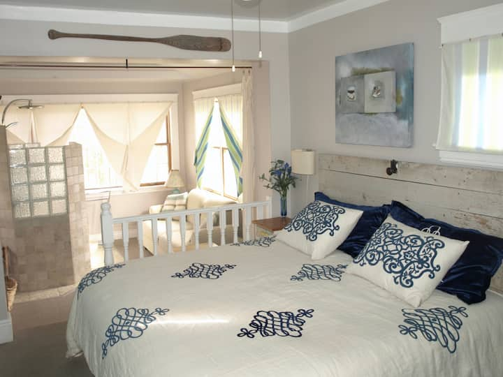 Woodmont Guest House - King Room