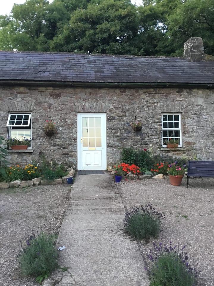 Lisfinny Castle Cottage