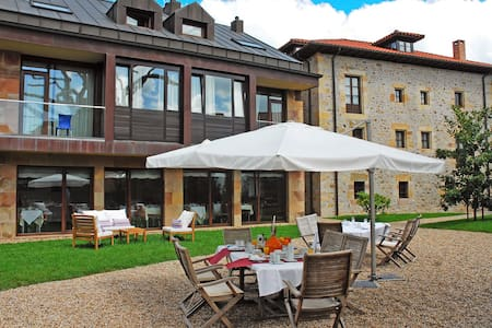 Charm Posada & Apartament Cantabria - Santa María de Cayón - Bed & Breakfast