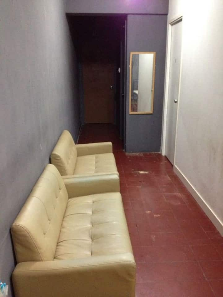 Room In central for 2  3/walk up ( ML8c)