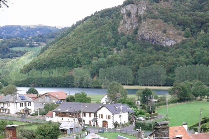 Gîte en duplex,  à Bouygues - Velzic - Daire