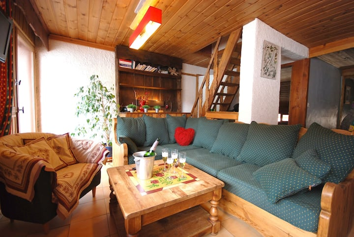 Apartment for 9 people at 3 minutes by walking of the ski slopes of Serre Chevalier