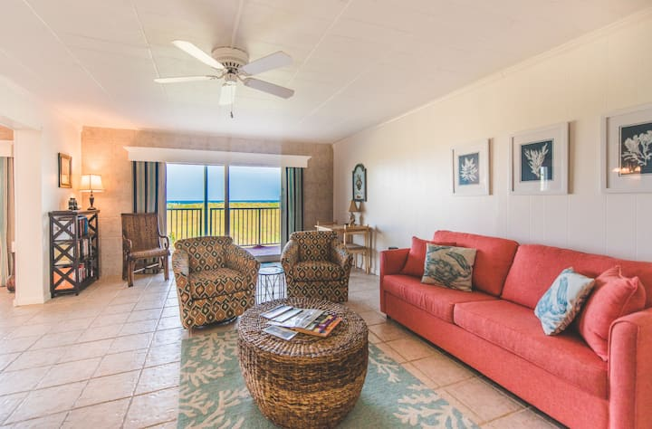 Beach front 3 bedroom Penthouse
