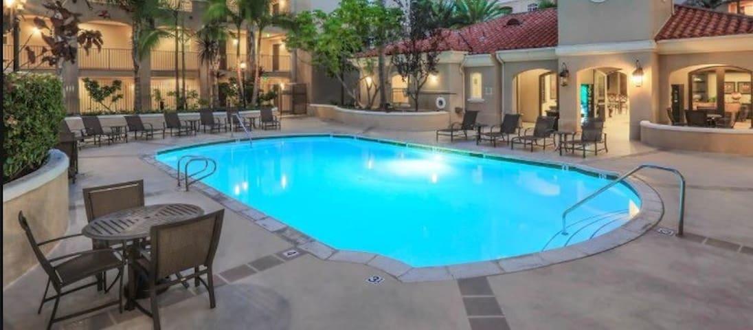 Private Modern Suite/Bath, Block to Beach,near LAX - Marina del Rey - Apartment