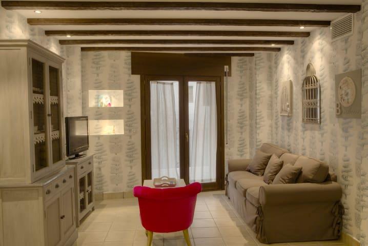 Preciosos apartamentos ideal familias y parejas. - Alhama de Aragón