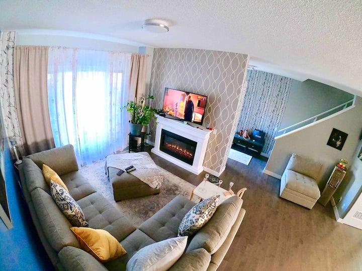 Luxurious Duplex in the WestEnd