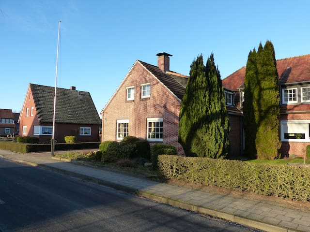 3 Zimmer Maisonette in Kanallage - Papenburg - Apartament