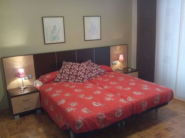 Habitació doble amb bany - Mollerussa, Catalunya, ES - Talo