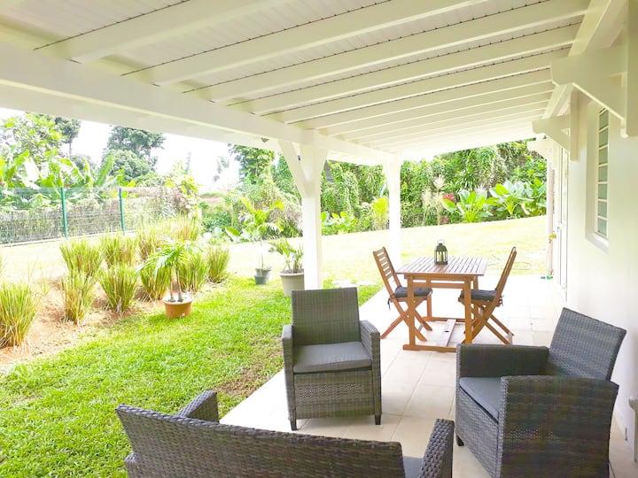 Le Belair, charmant T2 terrasse et jardin