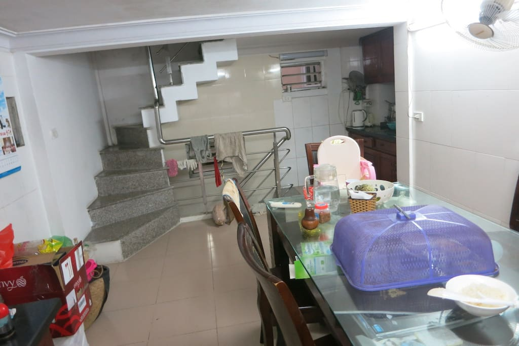 kitchen area- the place u can eat/ cook/ share food...