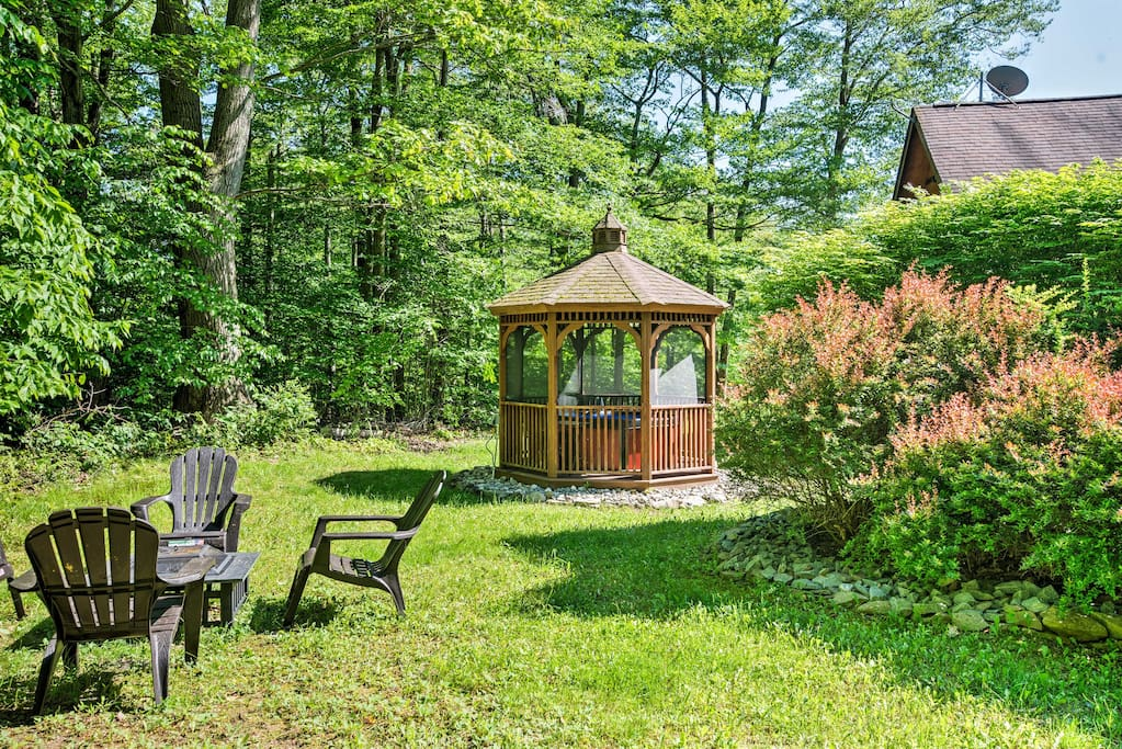 This spectacular property boasts 2,000 square feet of living space and a charming outdoor area.