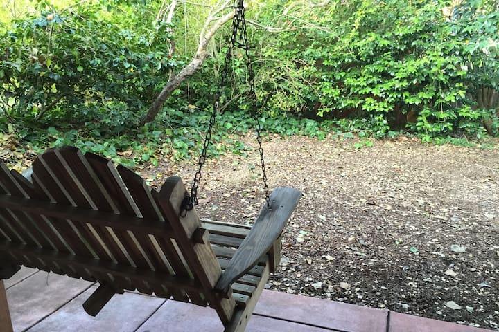 Beautiful Garden apartment in Berkeley Hills - Kensington - Apartment