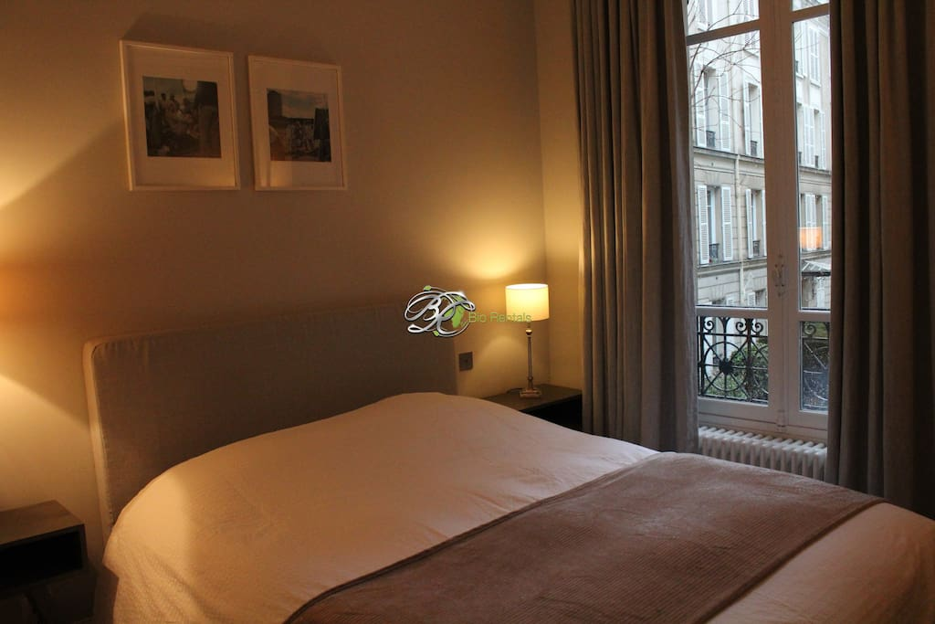 Monceau master bedroom