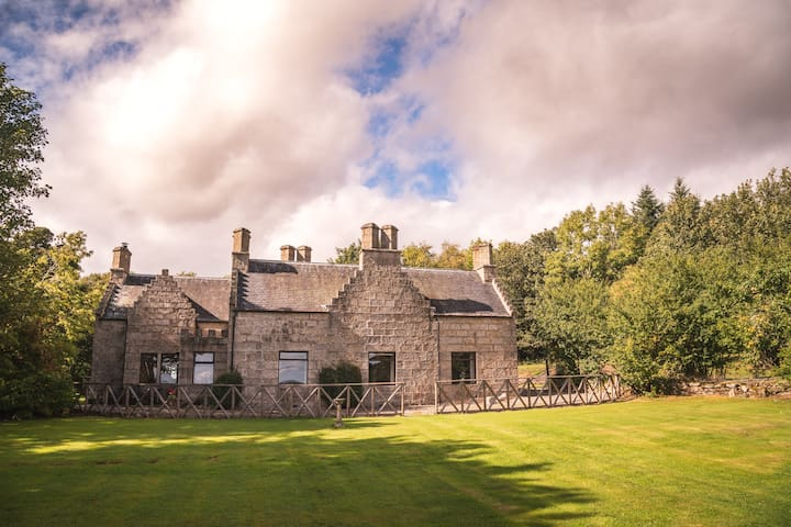 Characterful Historic building in Secluded Rural Setting