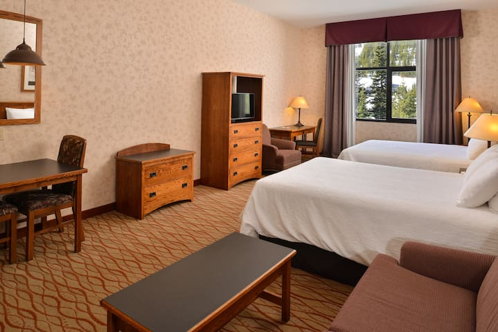 Lodge at Big Sky Mountain View Suite