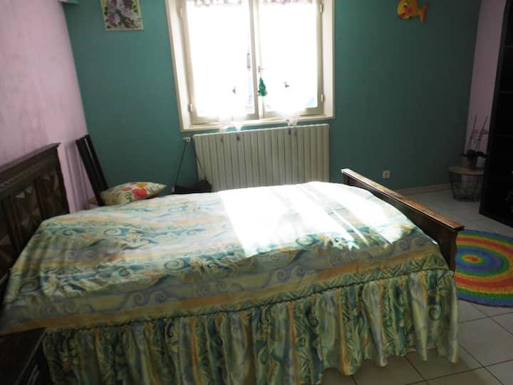 Chambre cosy au cœur du Jura.
