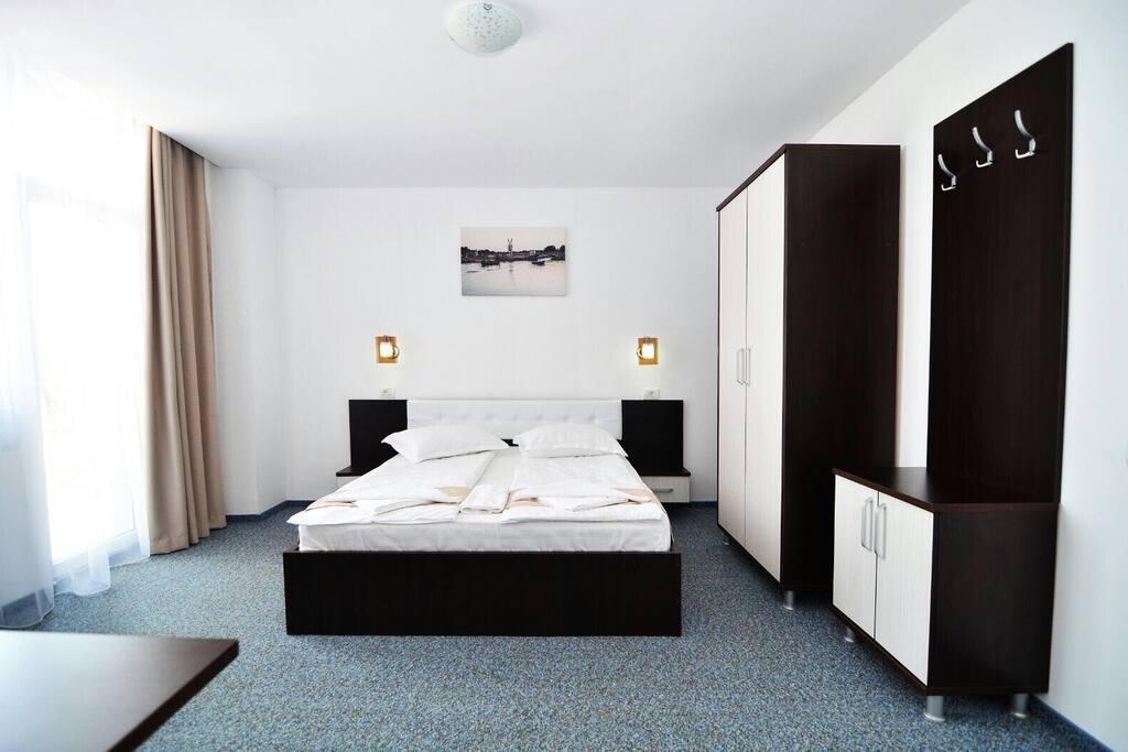 Camera dubla! Aer condiționat, wi-fi gratuit