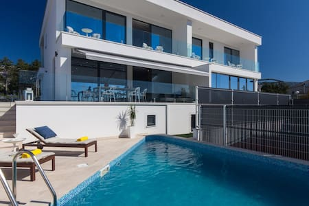 Luxury Villa Benic 2   ***** - Crikvenica - วิลล่า