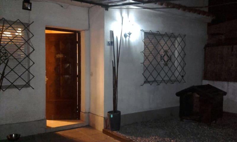 Habitación cómoda en casa de Buceo - Montevideo - Casa