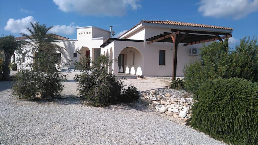 Villa Sumeru, simply luxurious. - Kritou Tera - Casa de camp