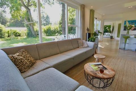 Villa in het groen voorzien van alle luxe
